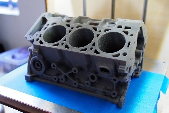 Фото 3D печати модели двигателя